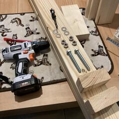 カウンターテーブル/ギター/100均DIY/DIY/男前/カフェ風/... 今回は自作でラブリコ風な物を作り、壁掛け…(7枚目)