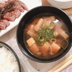 「昨夜の夕食です🥢 フィレ肉のステーキ 鮭…」(2枚目)