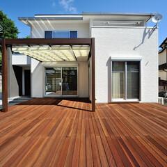 滋賀注文住宅/太陽住宅/注文住宅/一級建築士の建てる家/住まい/デザイン住宅/... リビングとつながるウッドデッキは天候のい…