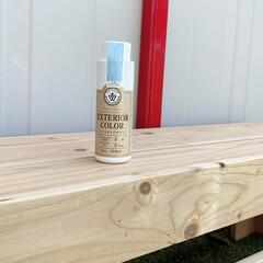 エクステリアカラー アイスブルー  水性着色剤 ウッドアトリエ    和信ペイント(Washi Paint)(ニス、ステイン)を使ったクチコミ「エクステリアカラーで手作りベンチを塗装し…」(4枚目)