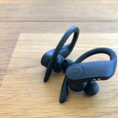 お気に入り家電/ランニング/Bluetoothイヤホン/Bluetooth/PowerBeats3/家電 iPhoneとの相性は有無言わず抜群です…