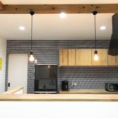 デロンギ コンベクションオーブン EOI406J | デロンギ(トースター)を使ったクチコミ「背面収納は家具を用いず備え付けのウッドワ…」