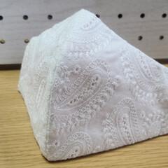 minneにて販売中/minneで販売中/手縫いでチクチク/手縫いマスク こんばんは🌙😃❗ 手縫いマスク作り続けて…(1枚目)