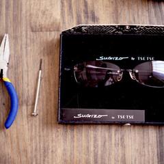 サングラス/机/雑貨/DIY/男前 今朝はサングラスを修理しました  先…(1枚目)
