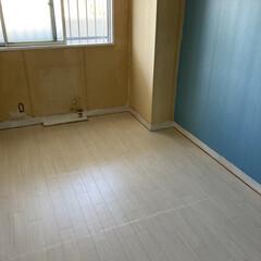 床/DIY/リノベーション/北欧 今日は床です!クッションフロアシートが届…(1枚目)