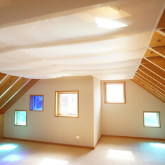 ロフト/外断熱/トップライト 子供室として使われているロフトは、天井に…