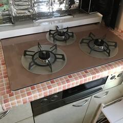 セリア/キッチン/掃除 ガスレンジ新調。 周りにセリアの ガスレ…