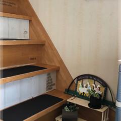グリーン/DIY/住まい/ハンドメイド 昨日作った棚を階段踊り場に置いてみた。 …