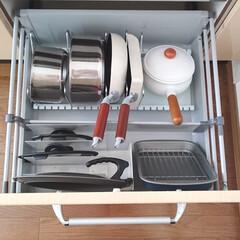 T-fal インジニオ ネオ IHステンレス エクセレンスセット6 ティファール   ティファール(圧力鍋)を使ったクチコミ「フライパンや小鍋などは立てて収納する方が…」
