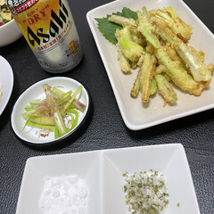 おうち時間/揚げ物料理/島らっきょう/島らっきょうの天ぷら/揚げ物/おうちごはん/... 最近ハマっている、フライパンに少量の油で…(1枚目)