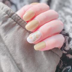 ボタニカルネイル/春ネイル/HOMEI/ウィークリージェル/セルフネイル/ネイル 春ネイル!毎回使おうか悩んでた色。やっと…