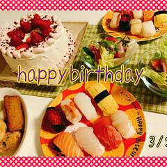 いちごケーキ/誕生日/誕生日ケーキ 娘の誕生日でしたー  丁度 休みで帰宅し…(2枚目)