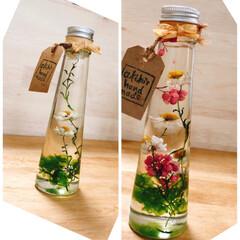 花かんざし/ハーバリウム/ミニリース 花かんざし  連投になります  この花も…