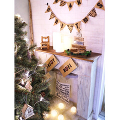 クリスマス/マントルピース/マントルピースDIY/流木/ガーランド/IKEA/... クリスマスの飾り付け用にこちらのマントル…