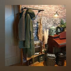 アイアンペイント/コートハンガー、/塩ビパイプDIY/レンガの壁紙/雑貨/DIY/... 二世帯の我が家、2階が私ら夫婦のスペース…(1枚目)