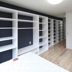 造作家具/ホワイト/オープン書棚/書棚 シンプルな白のオープン書棚です。背面の壁…