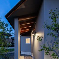 住まい/建築/アプローチ/石畳/ベンチ/モルタル/... 雨の日も安心な石畳のアプローチ ちょっと…