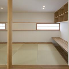 畳/畳コーナー/書斎/書斎スペース/書斎コーナー/畳スペース/... リビングダイニングに隣接した畳コーナー。…