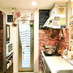 黒板シート/リメイクシート/板壁風/レンガ壁紙/コラベル/クリスマス雑貨/... クリスマス仕様のカフェ風キッチンです。 …