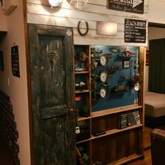 有効ボード/車輪/馬蹄/マリンランプ/DIY/ディアウォール/... 完成まで4日かかったディアウォール棚。壁…