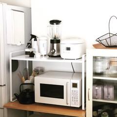伸縮レンジラック タワー ホワイト | 山崎実業(キッチンラック)を使ったクチコミ「なんてことないキッチンの一角ですが。無印…」