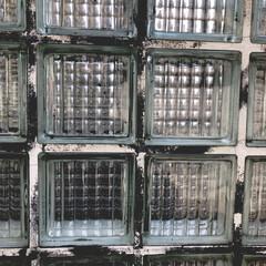 建材/ガラスブロック/DIY ガラスブロックも魅力的な建材ですよね。外…