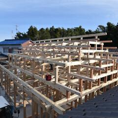 石場建て/土壁/伝統工法 和小屋、地棟と小地棟。