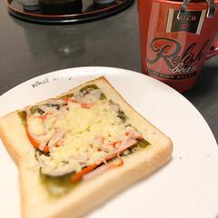 チーズ/カニカマ/海苔/パン/朝食 テレビで美味しいって言っていたので真似し…