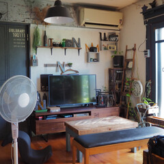 キューブボックス/リビングインテリア/夏インテリア/珪藻土/カフェ風インテリア/apix/... 暑い夏💦💦 エアコンと併用で扇風機も使っ…