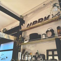 DIY 棚 壁 柱 ツーバイ材用 2×4材用突っぱりジャッキ ユニクロ Walist ウォリスト(その他DIY、業務、産業用品)を使ったクチコミ「おはようございます♡ あっと言う間に11…」