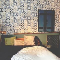 輸入壁紙/鎧戸風/寝室/アイデア投稿もしています/インスタグラムやってます/ブログ書いてます/... 先日から、ちょこちょこ投稿している寝室で…
