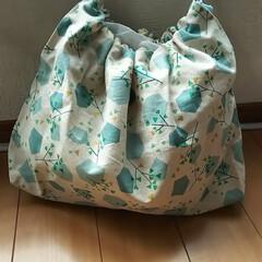 ボストン風/ちょこっとバッグ/手縫い/ハンドメイド 手縫いで仕上げました(๑´ㅂ`๑)  1…
