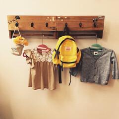 玄関/荷物掛け/IKEA/100均/セリア/ダイソー 以前作ったものですが、、、  玄関入った…