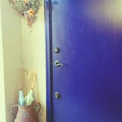 タイル/ミルク缶/傘立て/古道具/青いドア/ドア/...