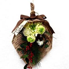 お正月飾り/アレンジ/スワッグ/雑貨/100均/ダイソー/... お正月のしめ飾りをスワッグ風にアレンジし…