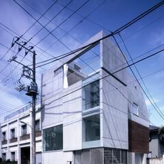 コンクリート/打ち放し/外観/東京/大田区 コンクリートの小箱が積み重なったような外…