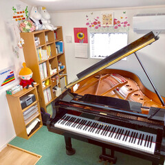 グランドピアノ/ピアノ室 ピアノ室