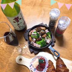 ワイン/おつまみ いただきもののワイン🍷で乾杯  miya…