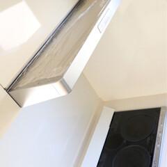 シンプルライフ/マイホーム/サランラップ/換気扇掃除/換気扇/キッチン/...  換気扇の上にはサランラップで ホコリ防…