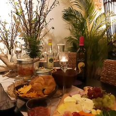 グリーンのある生活/キャンドル/インテリア/住まい/春のテーブル/テーブルコーディネート/... 春なのでナチュラルな感じにグリーンを増や…