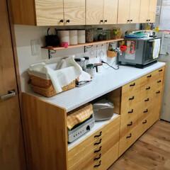 カップボード/DIY/キッチン/収納 キッチンカップボードを作成しました。 扉…