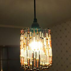 照明器具/ビーズランプ/100均リメイク 手作りビーズランプの夜は、大正ロマンな感…