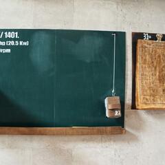 100均リメイク/セリア/黒板シート/セリアリメイク/プチプラ雑貨/リメイク雑貨 セリアの黒板シートを使って、キッズ用の黒…