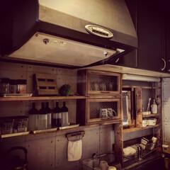 マットブラック/簡単DIY/食器棚/調味料棚/簡易洗面所/1×4材/... 現在の我が家のキッチン(2階)