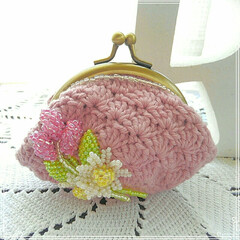 カモミール/ラベンダー/プレゼント/ビーズ/コットン/がま口 /... コットン100%の糸で松編みのがま口を作…
