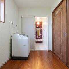 脱衣所/洗面所/洗濯室/家事室/リフォーム/水まわり/... 脱衣所は広くとって、洗濯物も快適にできる…