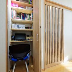 リビング/折り戸/折れ戸/クローゼット/建具/書斎/... リビングにある折り戸を開けると… クロー…