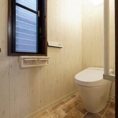 トイレリフォーム/トイレ取り替え/内装/インテリア/アンティーク風/木目/... トイレを取り替え、内装も一新。 アンティ…
