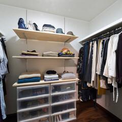 衣類/収納/服/ワードローブ/ハンガーパイプ/棚/... 夫婦の衣類がすべて収まる広いウォークイン…