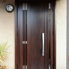 玄関ドア/センサーキー/サッシ センサー式鍵の玄関ドアに交換(高砂市B様…